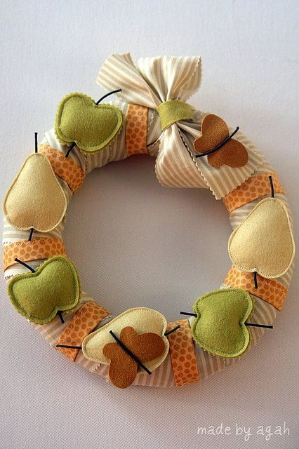 Inspiration...made by agah Summer Wreath | Flickr - Photo Sharing!