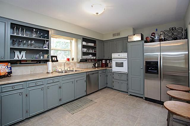 Grey Cabinets W Beige Countertops White Top Cabinets