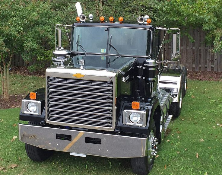 47 best images about chevy detroit diesel gmc big rigs on pinterest models semi trucks and trucks. Black Bedroom Furniture Sets. Home Design Ideas