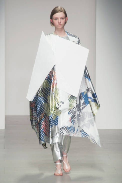 Central Saint Martins F/W 2014 #fashion #structure