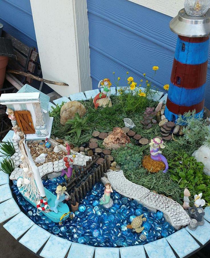 #miniaturegarden #fairygarden #beachgarden Beach theme fairy garden Mermaid garden
