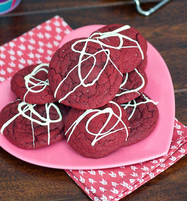 Red Velvet Cheesecake Cookies Recipe - RecipeChart.com