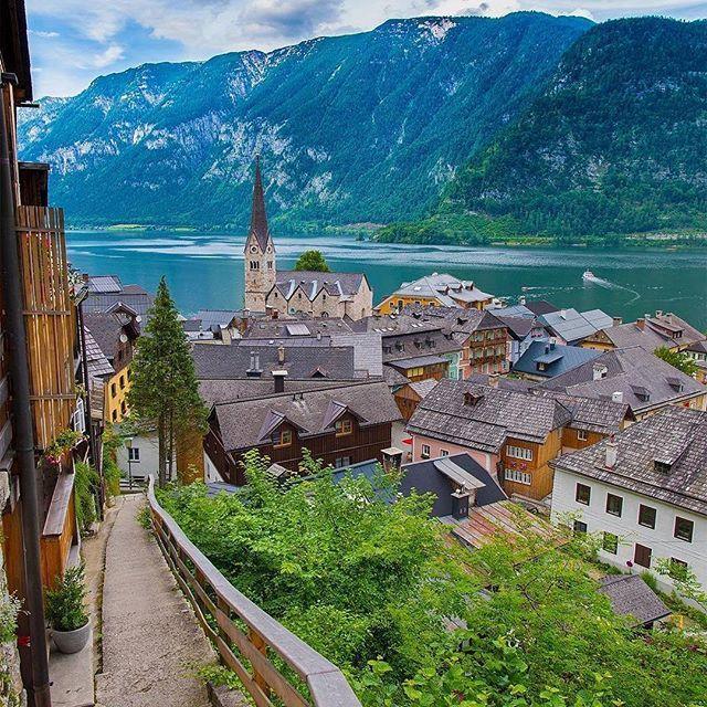 Hallstatt, Austria 🍦💞💓💕💓🌴 Follow @travel.dost🍸🍻🍻💕💞💓🍟🍸🍟🍨 📷🎇📷📷🎇@kyrenian @travel.dost💟🍻🍨🍷💟🍨 #instago #travelpics #tourist #wanderer #wanderlust #travelphoto #travelingram #mytravelgram #visiting #travels #travelphotography #tagsta_travel#beauty #amazing #arountheworld #tourist#solotravel #instago #ig_worldclub #worldcaptures #tourism #worldplaces #worldingram #traveller #traveler #hotel #luxuryhotel