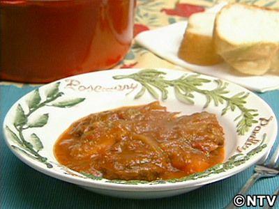 コトコトじっくり煮込んだ肉のおいしいこと・・・「牛すね肉のシチュー」のレシピを紹介!