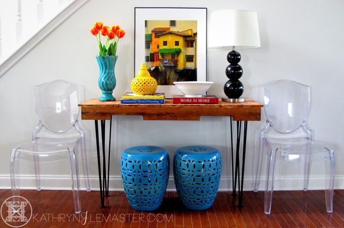 House of Turquoise: Foyer Love the garden stools