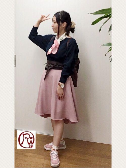 Ri-bornのリングを使ったRisa(Ri-born)のコーディネートです。WEARはモデル・俳優・ショップスタッフなどの着こなしをチェックできるファッションコーディネートサイトです。