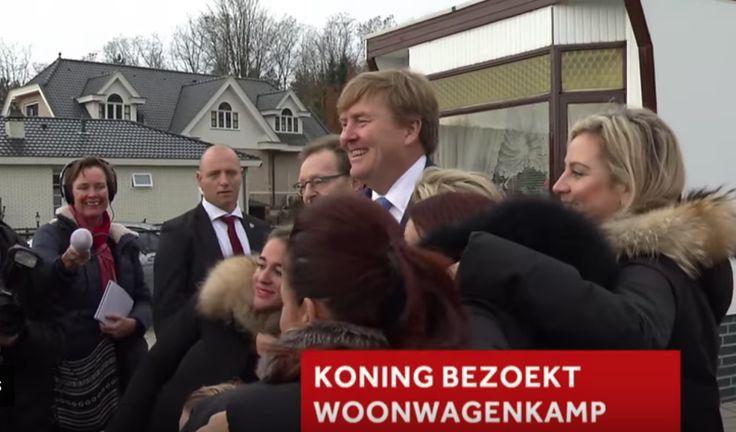 Uniek: Koning Willem Alexander bezoekt grootste woonwagenkamp van Nederland, in Zeist