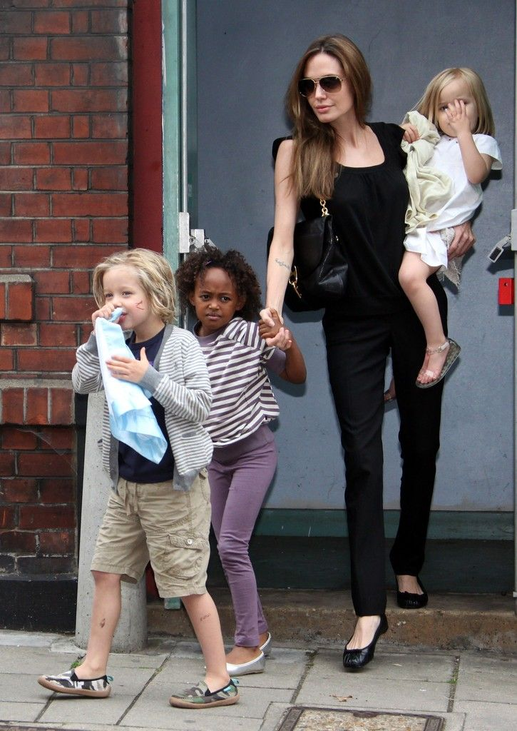 Brad Pitt Shiloh Jolie-Pitt Photos: Brad and Angelina Take the Kids to Smurfs 3D in London