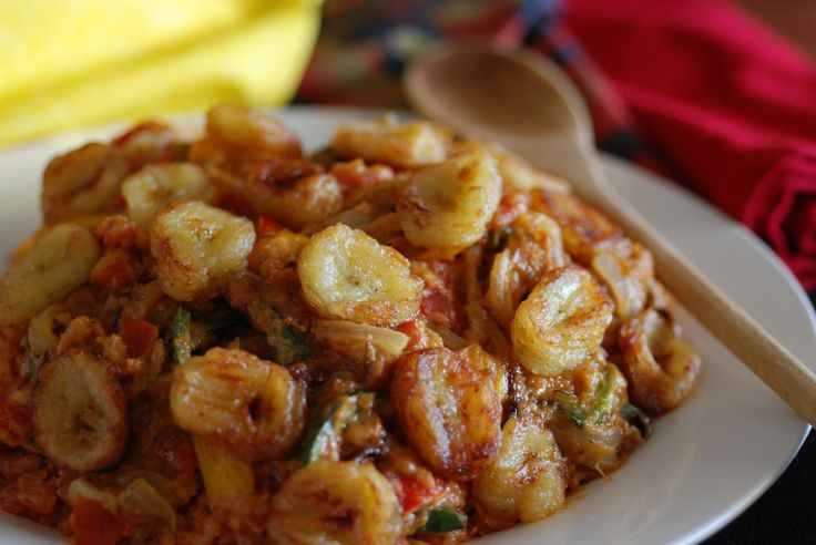 Arroz Integral com Mantiega de Amendoim e Bananas ( Brown Rice with Peanut Butter and Fried Bananas)
