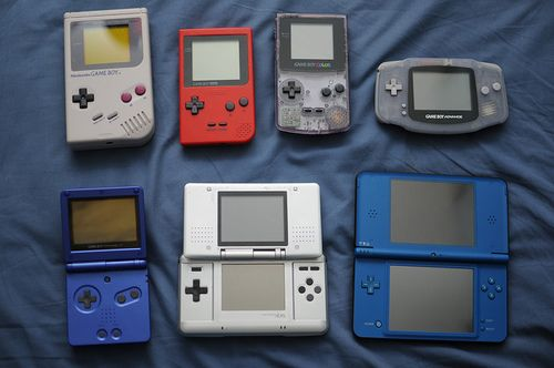 I miss my gameboy color...I can't find it.