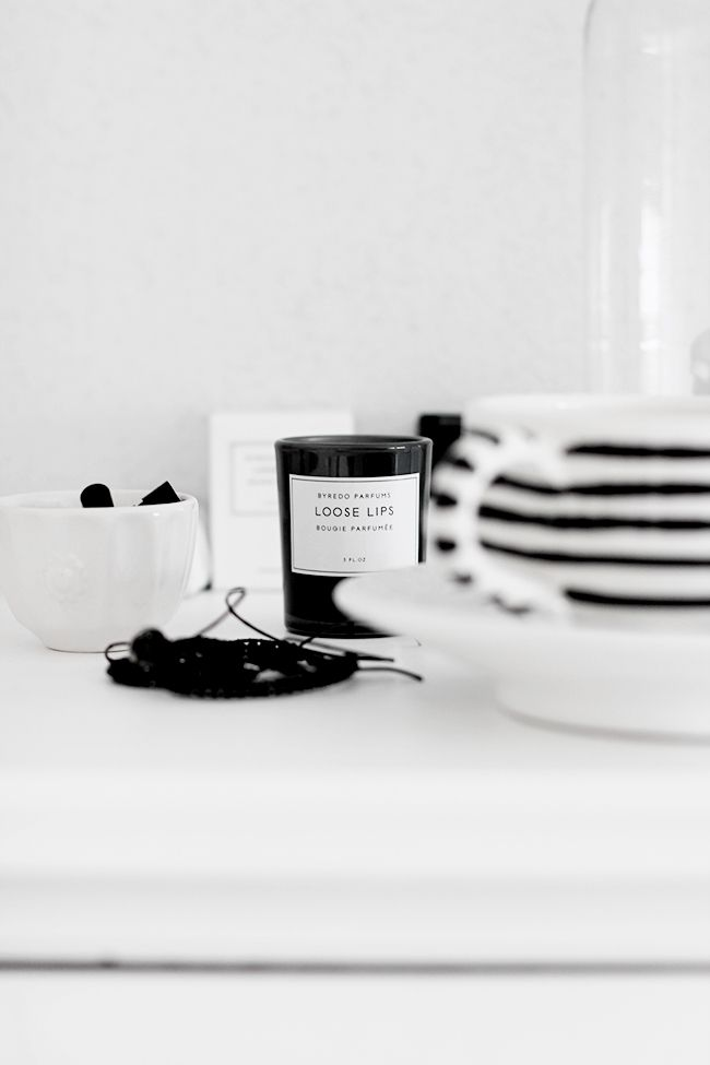 LE FASHION BLOG HOME DECOR INSPIRATION MIJA THE SUPER ORDINARY SWEDISH INTERIOR DESIGN BLOGGER BLACK AND WHITE FASHION RELATED DETAILS BLACK WHITE STRIPE TEA CUP BYREDO PARFUM LOOSE LIPS CANDLE LITTLE CUPS 9 photo LEFASHIONBLOGHOMEDECORINSPIRATIONMIJATHESUPERORDINARY9.jpg
