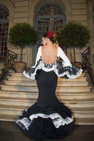 Traje de Flamenca - Presentacion - We-Love-Flamenco-2017                                                                                                                                                                                 Más
