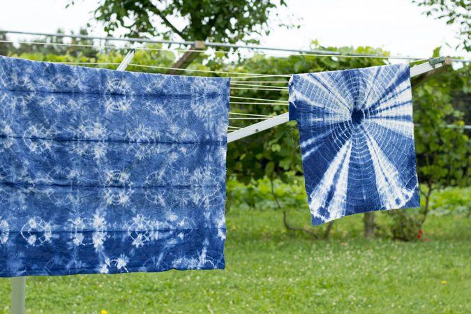 DIY Shibori Tie-Dye Batik   Tischdecke und Geschirrtücher   selber machen färben   Textilien färben