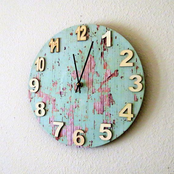 Cottage Chic  Clock, Unique Clock, Home and Living, Home Decor, Deocr and Housewares, Green Reclaimed Wood