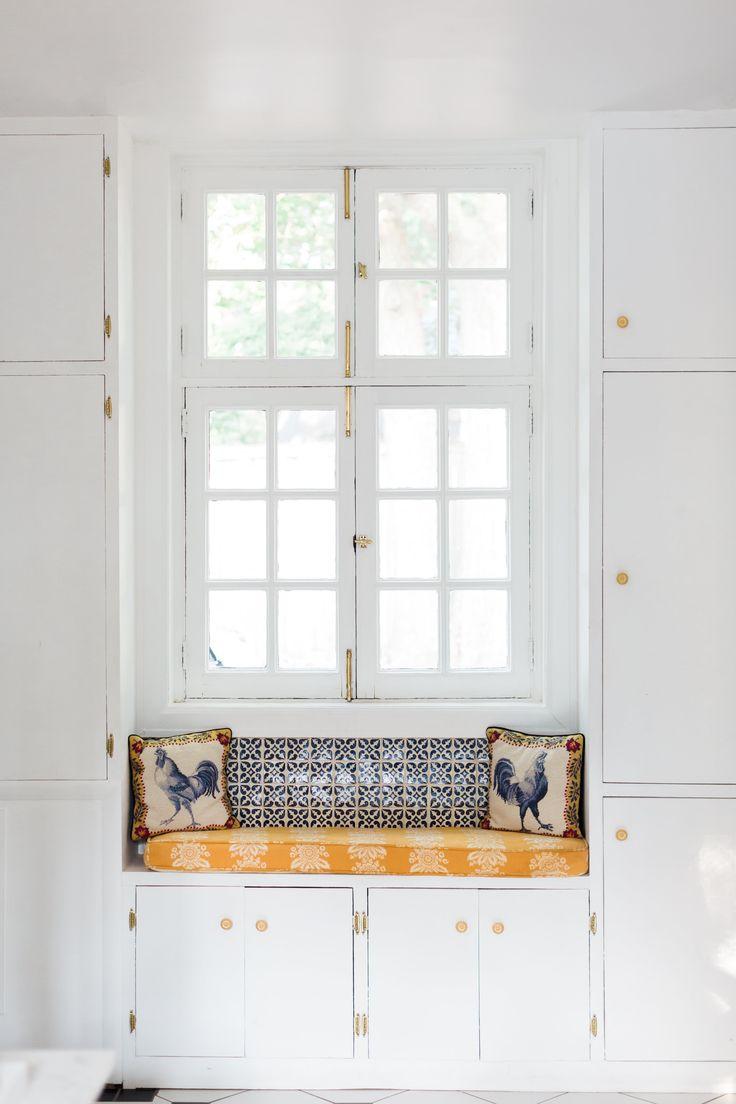626 best Window Seats + Reading Nooks images on Pinterest | Window ...