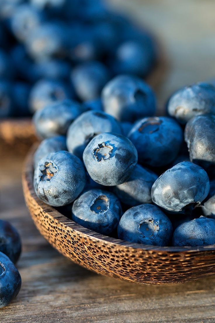 Disminuye tus períodos de tensión naturalmente Blueberry Benefits, Cucumber Juice Benefits, Muscle Inflammation, Blueberry Cupcakes, Muscle Recovery, Detox Drinks, Canning, Photo And Video, Complex Carbohydrates