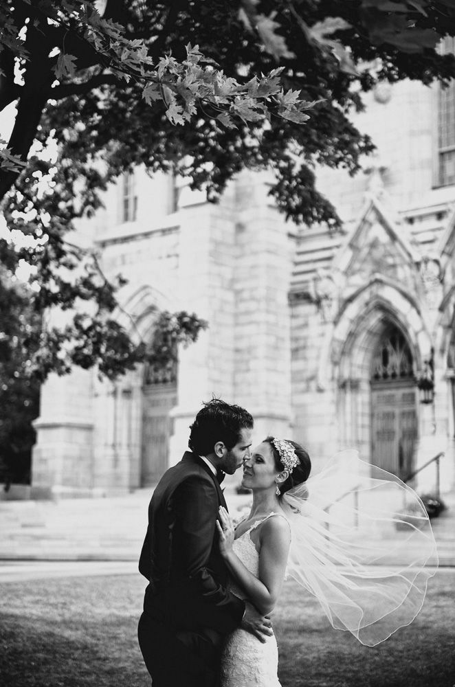 St Viateur Church in Montreal | Christina and Leo wedding at Mirage Golf Club | Published in Wedluxe | Montreal Wedding Photographer
