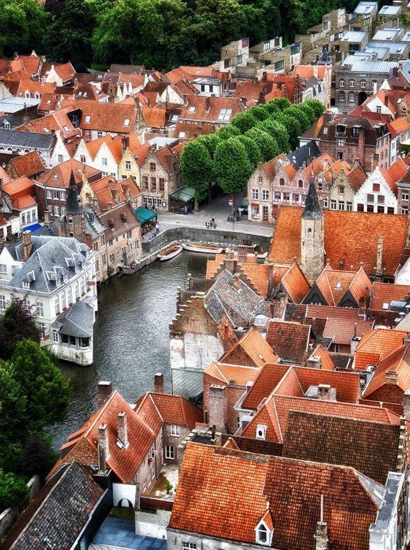 Aerial view of Bruges, Belgium (by Iregoli)