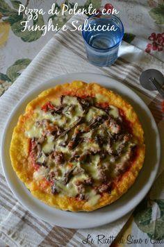 Pizza di Polenta con Funghi e Salsiccia