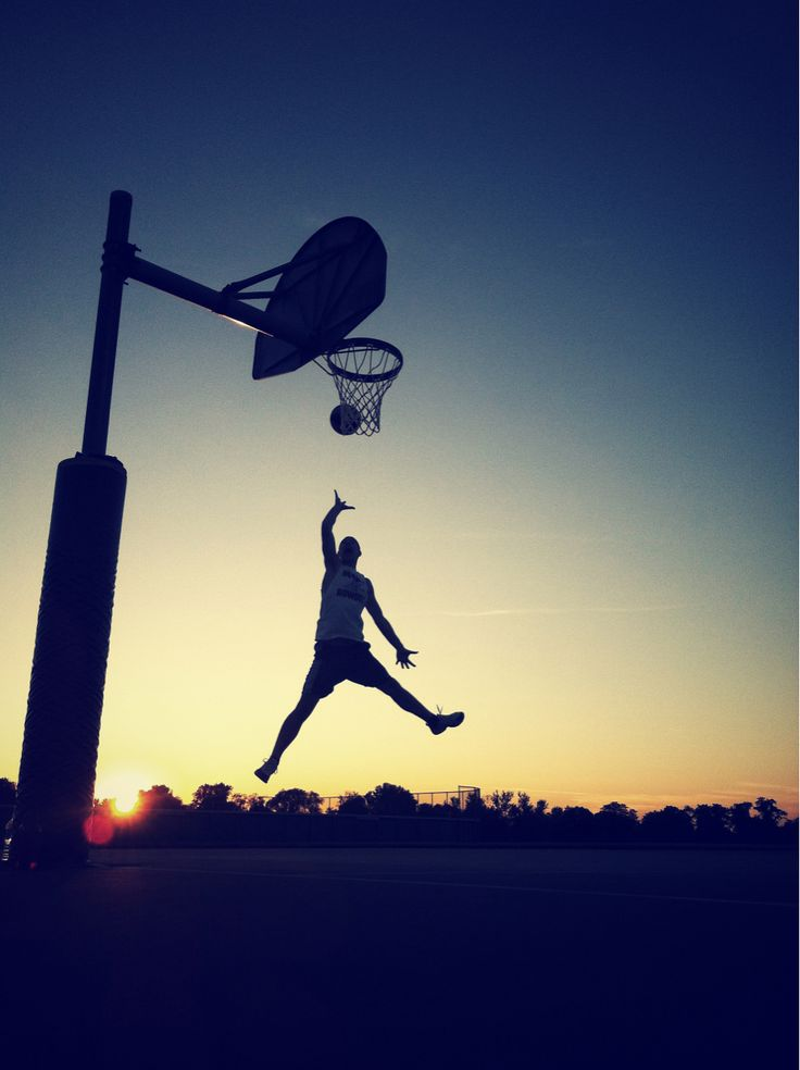Basketball; amazing photo, I love the lighting!