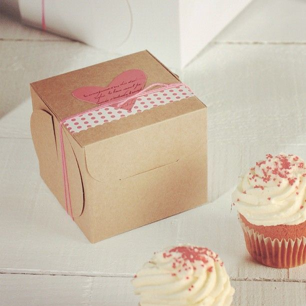 Simple Cupcakes, Cupcake Boxes, Homemade, Diy Crafts, Home Made