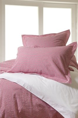 Red check seersucker bedlinen from Wallace Cotton
