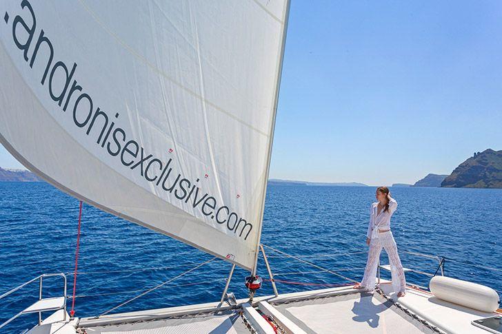 Private Caldera Sunset CruiseFacilities - Andronis Luxury Suites