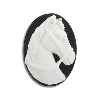 Cameo, 25x18mm, horse head, white on black, plastic