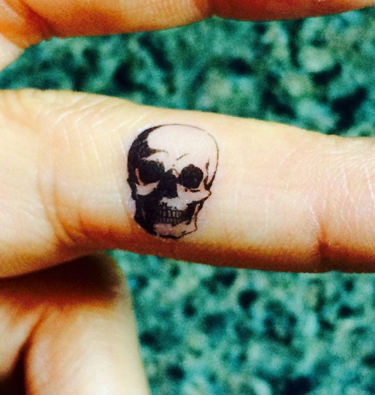 Best 25 finger tattoos ideas on pinterest for Temporary finger tattoos