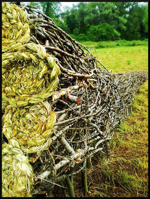 ♀ Environmental art earth art land art