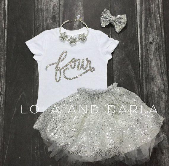 Camiseta de cumpleaños camisa número cuatro en por LolaandDarla