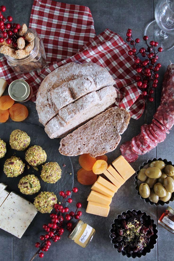 Ψωμί με καρύδια & giveaway | theonewithallthetastes.com