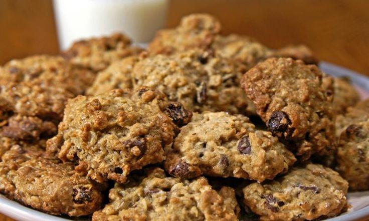 Les biscuits à l'avoine et aux brisures de chocolat de grand-maman sont les MEILLEURS! Connaissez-vous leur secret?