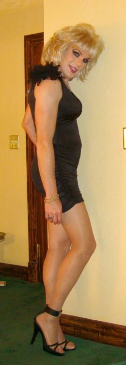 Perfect Sexy And Smooth Crossdressers 111