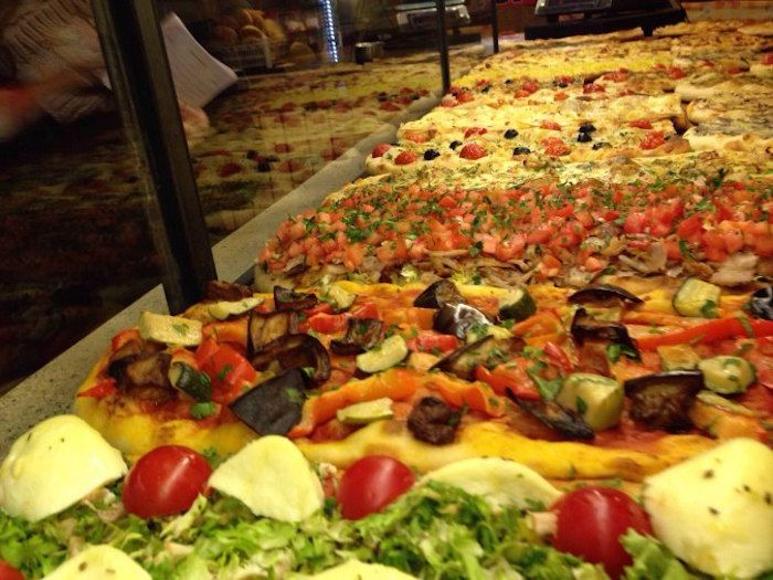 9 Top Halal Restaurants In Rome That Muslim Travellers Must Try Rome Food Halal Recipes Halal