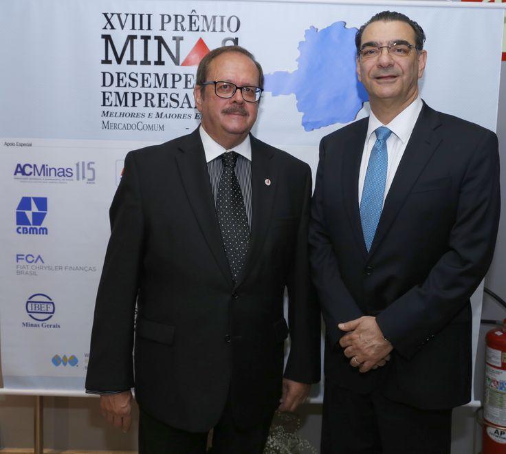 O anfitrião da noite, Carlos Alberto Teixeira e o presidente da CBMM, Tadeu Carneiro, eleito a personalidade empresarial do ano