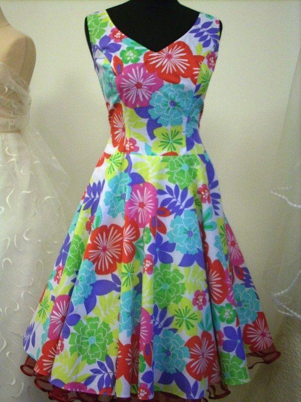 Stejné šaty