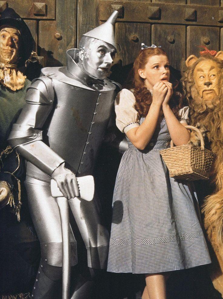 Ray Bolger, Jack Haley, Judy Garland and Bert Lahr (1939)