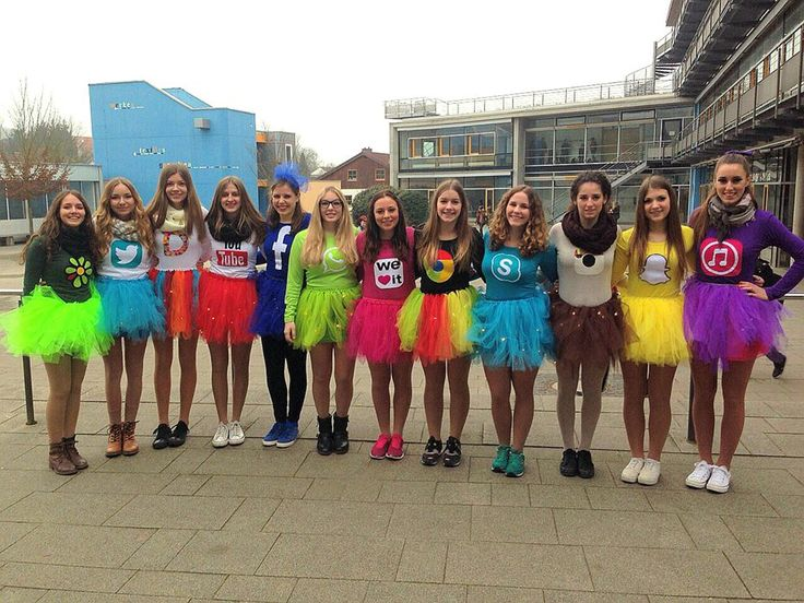 Karneval, Fasching, Fastnacht, Applications, Apps, Skype, Facebook, Youtube, Twitter, ICQ, Dubsmash, Whatsapp, Weheartit, Google Chrome, Instagram, Snapchat, Itunes - I love it :) group costume, costume ideas