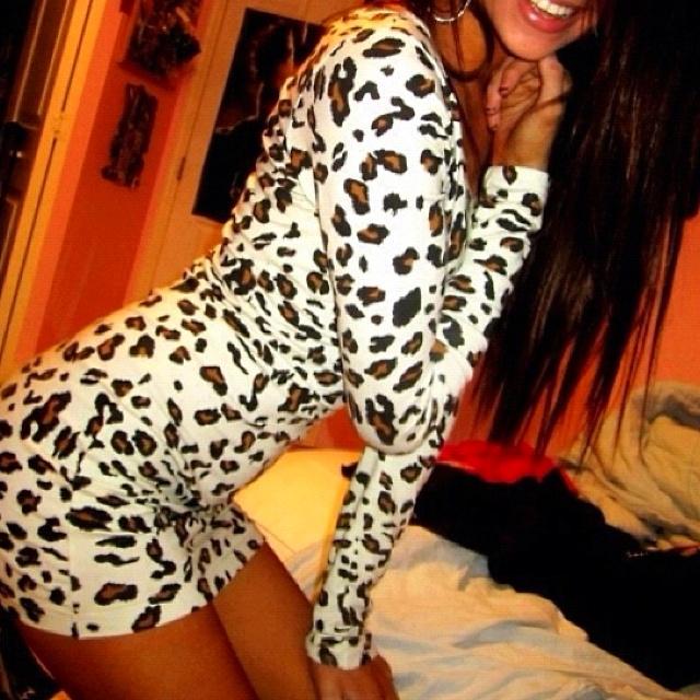 cheetah long sleeve dressCheetahs Dresses, Fashion, Style, Clothing, Cute Dresses, Leopards Prints, Animal Prints, Cheetahs Prints, Leopards Dresses