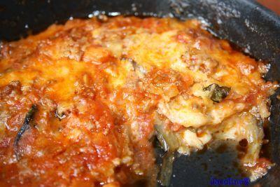 Van de week al beloofd dat ik dit recept op het blog zou zetten. En dan nu.....een verrukkelijke lasagne. Nee, niet met snelle koolhy...