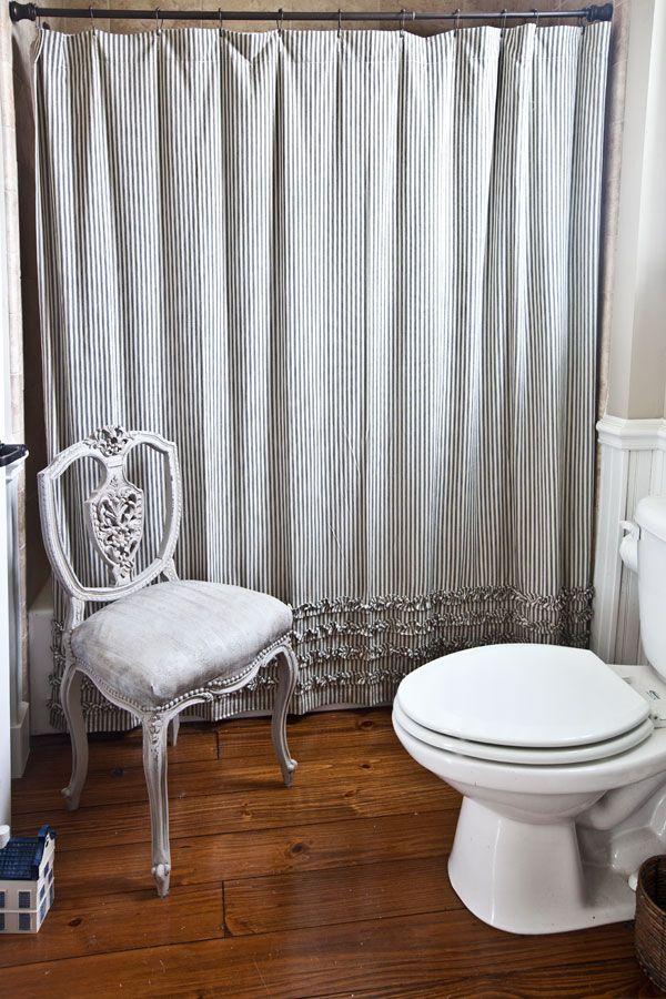Farmhouse Bathroom Reveal Antiques Chairs And Farmhouse Bathrooms