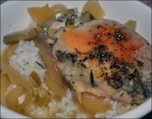rosemary apple crockpot chicken: chop 1 onion and 1 apple and line ...