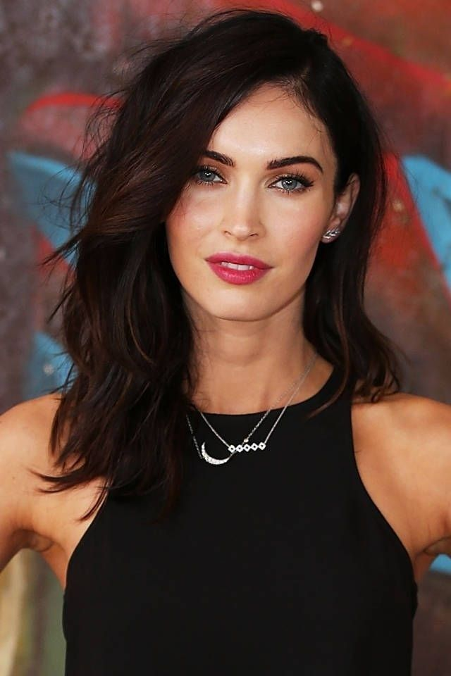 Megan Fox sports an easy layered lob that's perfect for medium hair