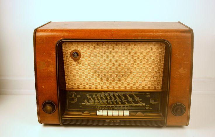 Telefunken Concertino 53 Röhrenradio Original 1953 Jubiläumsedition funktioniert mittlere Macken von ConceptStoreNeonGrau auf Etsy