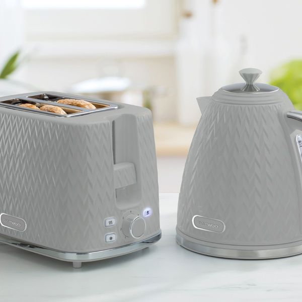 Daewoo Kettle and Toaster Set in 2020