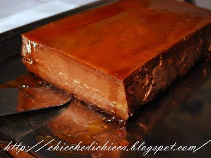 Bonet dolce con amaretti al cioccolato.
