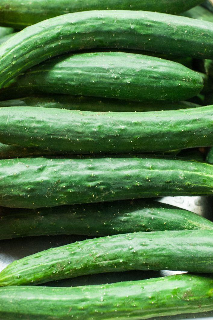 Vorteile: - Gurken bestehen zu 95 % aus Wasser: Versorgen den Körper mit Flüssigkeit - Nur 12 kkal pro 100 Gramm! - Gut gegen Kater!: Kater-Smoothie = Gurke + Minze + Wasser + Zitrone