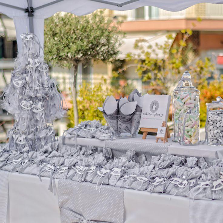 Στολισμός Βάπτισης της Εκκλησίας για αγοράκι σε αποχρώσεις λευκό με γκρί και θέμα αλογάκι Carousel