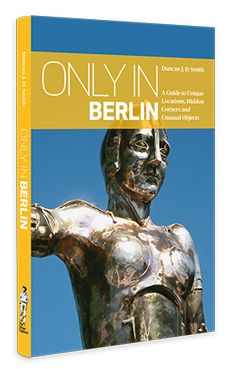 "Devil's Mountain, the Bridge of Spies, Peacock Island, the Führer Bunker, Frederick the Great's coffin and the Berlin Archaeopteryx. ""Only in Berlin"" is ideal for independent cultural travellers wanting to get off the beaten path."